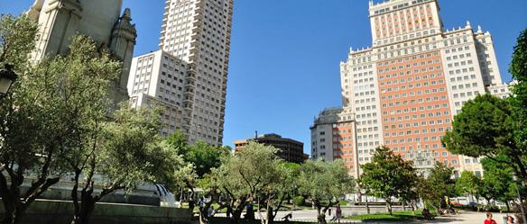 plaza-espana.jpg